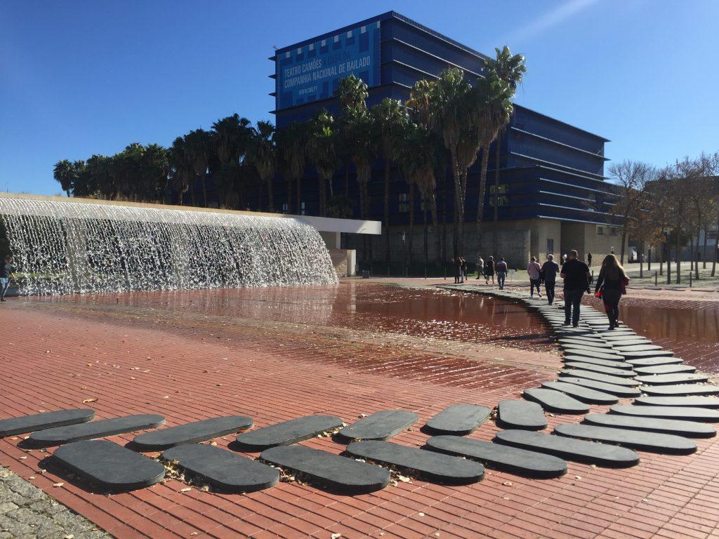 リスボン水族館前