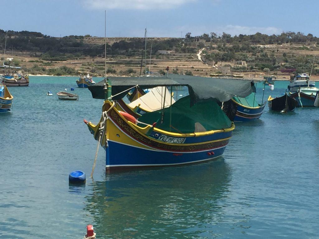 マルサシュロックの漁船